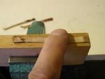 古いブライドルテープの寸法を測る