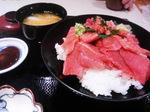 横濱屋本舗食堂のホンマグロ丼
