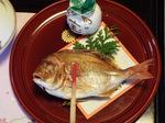 お祝いの鯛の塩焼き