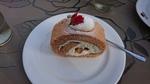薔薇のロールケーキ
