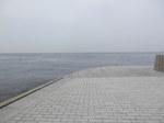 ルート16を左、海が見えて来る